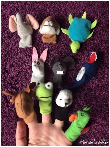 Marionete pe degete