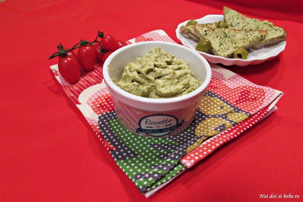 pastă tartinabila de masline verzi