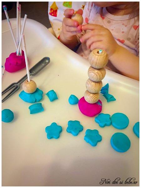 Activitati cu plastilina copii