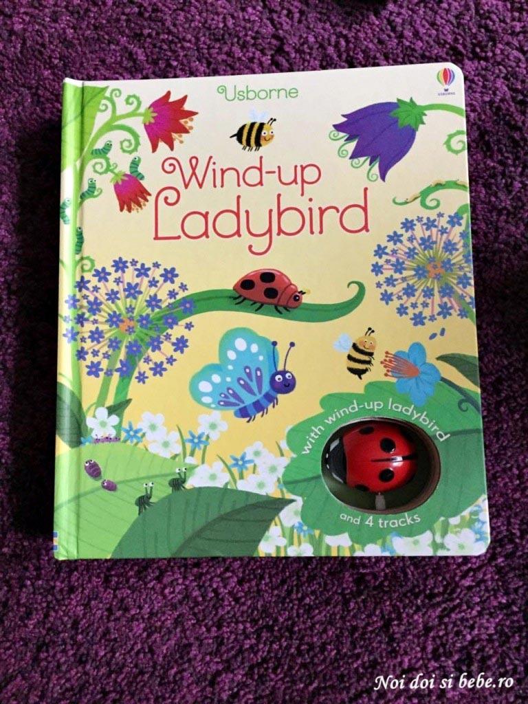 carti pentru copii wind-up ladybird