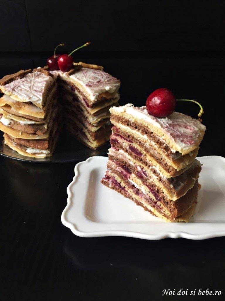 tort din pancakes