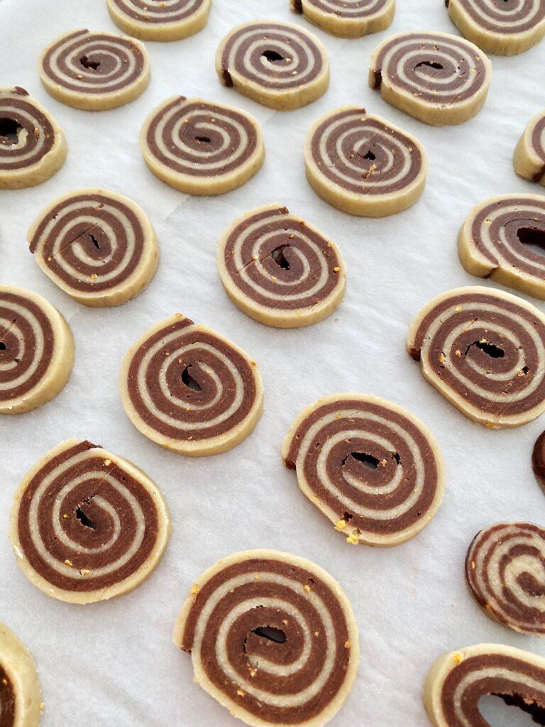 biscuiti in 2 culori